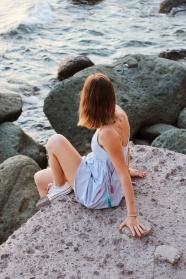 海邊性感美女寫真圖片